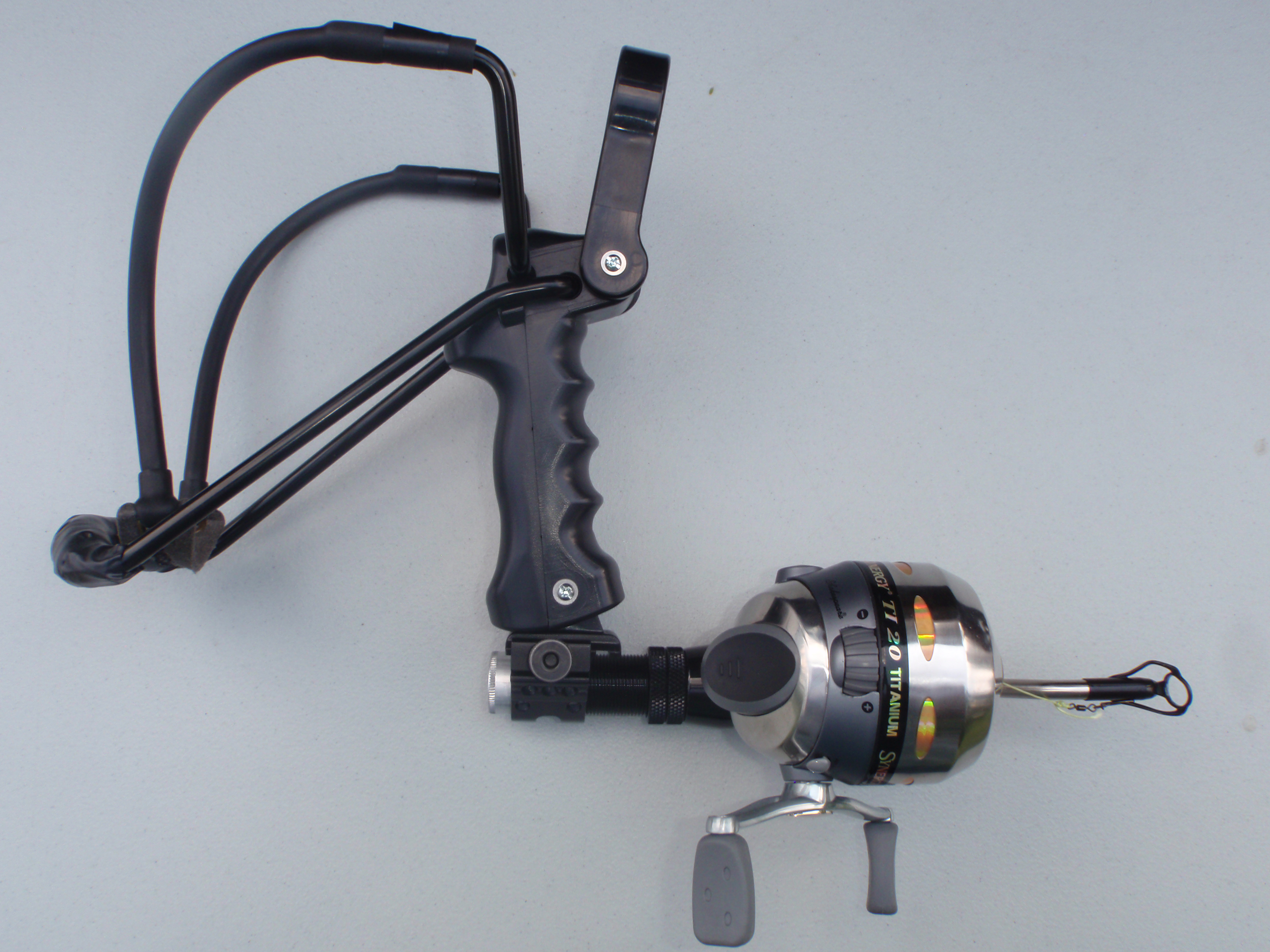 Weasel fishing package slingbow industries for Fishing bow kit
